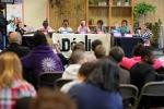 ph-y-mambert-travail-jeunes-radio-declic-a-roger-semat-sur-future-du-quartier-11-05-2012-47