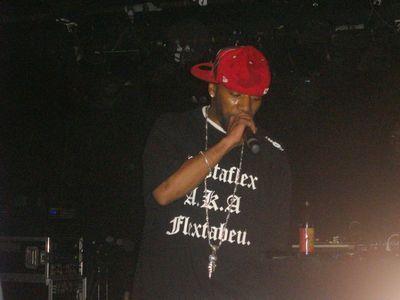 Bustaflex-LIVE
