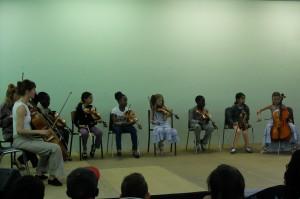 les enfants du quartier F/S/C, participants au projet Demos